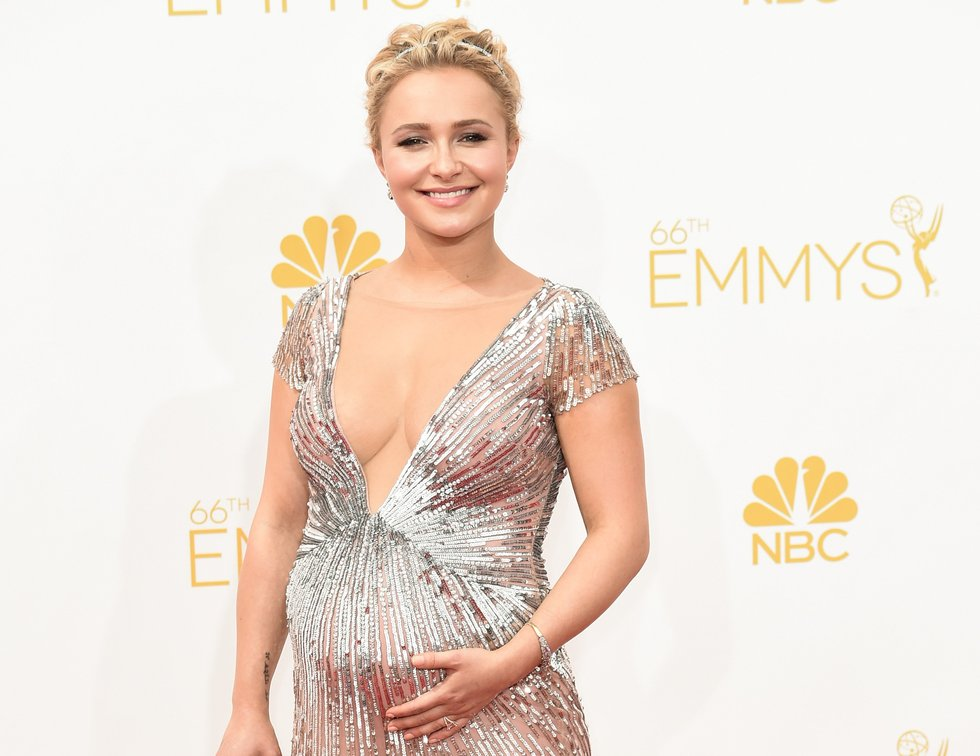 Hayden Panettiere Opens Up About Her Struggle with Postpartum Depression: Its Really Painful and Its Really Scary picture
