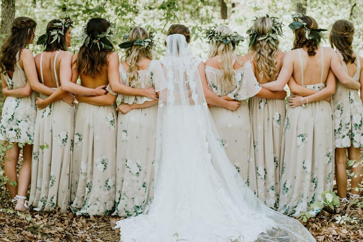 e91b809e98 22 Cool Bridesmaid Dresses - Fashionable Dresses For Summer Weddings