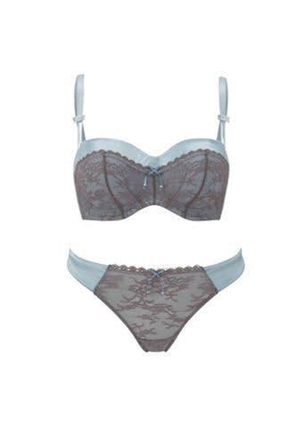valentine 39 s lingerie stylist. Black Bedroom Furniture Sets. Home Design Ideas