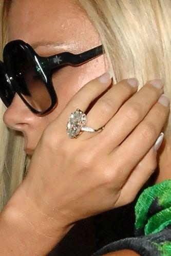 Superior Celebrity Engagement Rings: Victoria Beckham