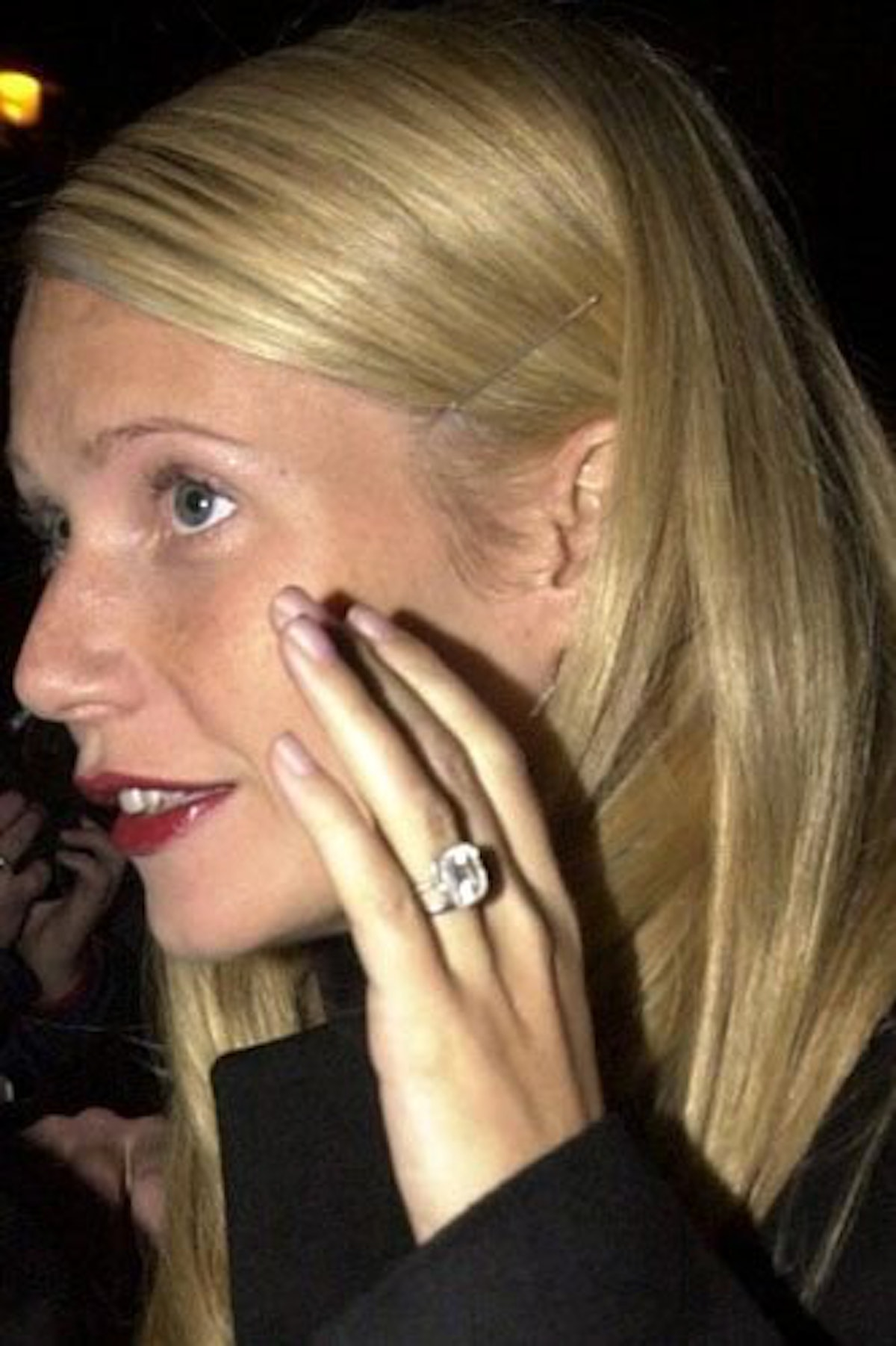 The most stunning and ... Gwyneth Paltrow Engagement Ring