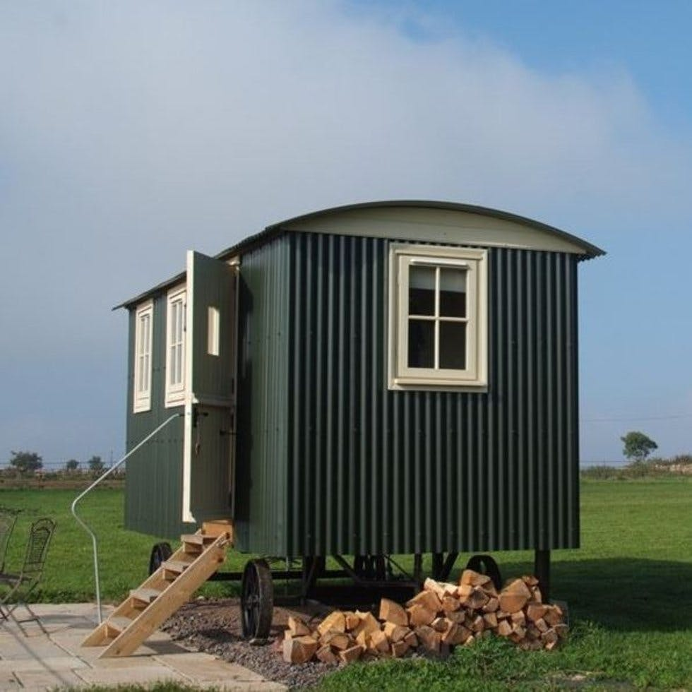 The Hut Uk Logo: From A Rustic Shepherd's Hut To A 17th Century Pub