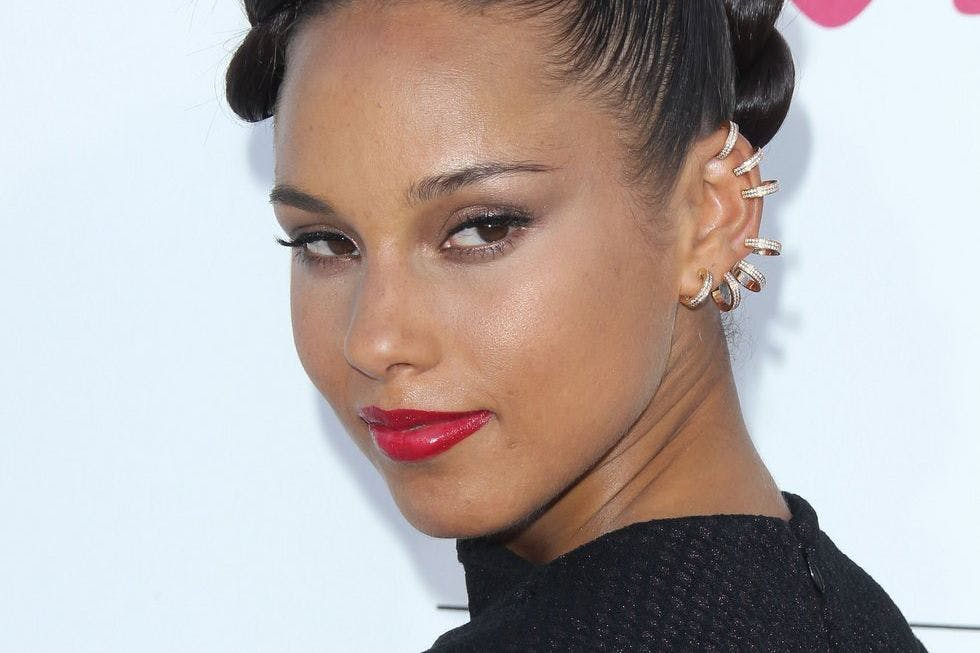 """Alicia Keys just emotionally explained why she's done with being """"sorry"""""""