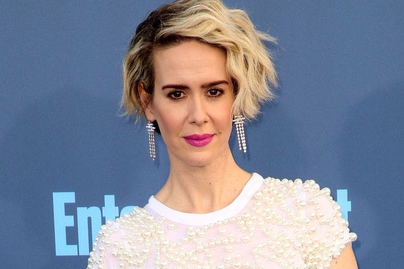 sarah paulson shuts down sexist ocean s 8 feuding rumours stylist. Black Bedroom Furniture Sets. Home Design Ideas