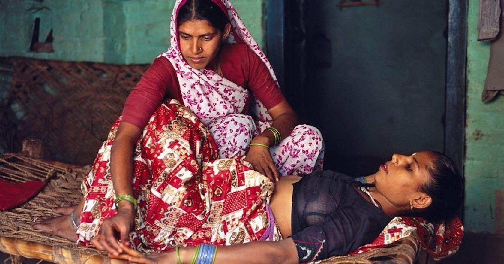 Фото голых индийских девушек