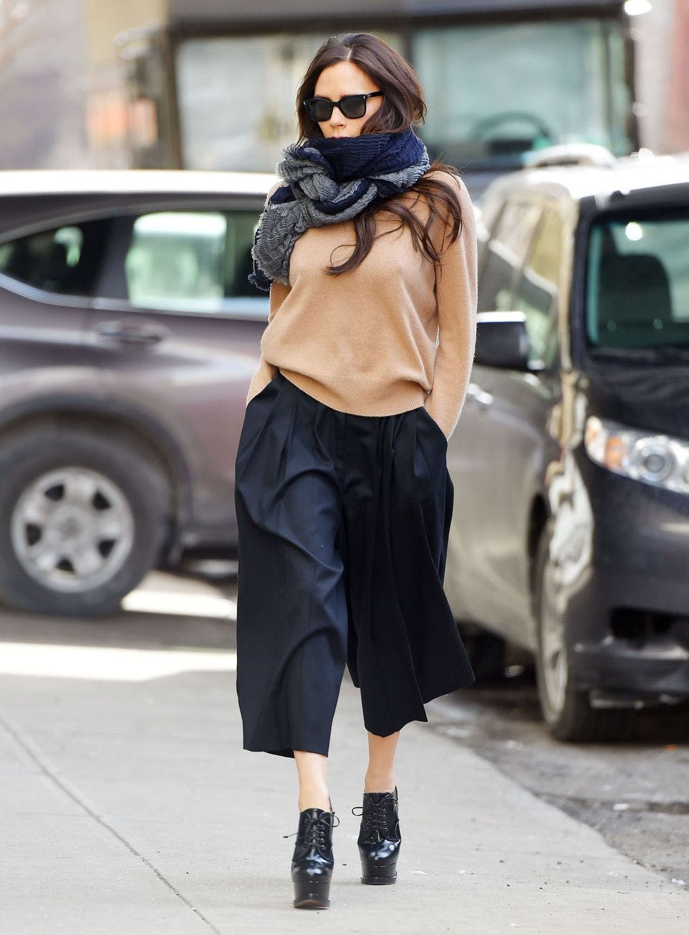 039836758567 Five simple ways to make culottes ridiculously flattering