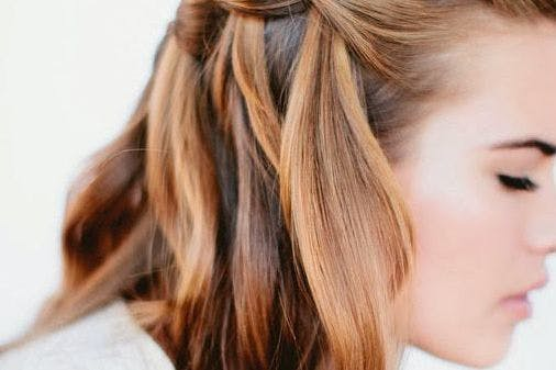 30 quick and easy hair tutorials for every hair length stylist 30 of the best five minute hairstyles for every hair length solutioingenieria Image collections