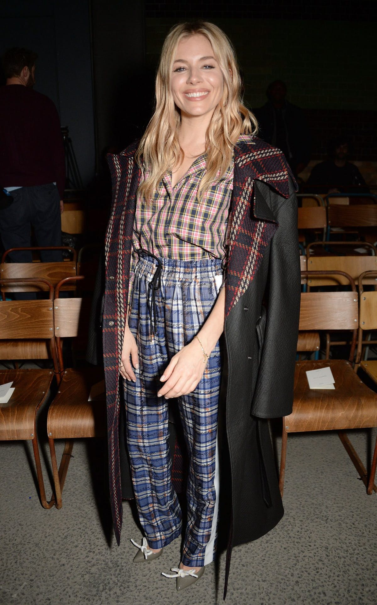 0c014e0ee668 Get daily outfit inspiration with our round-up of the best A-list ...