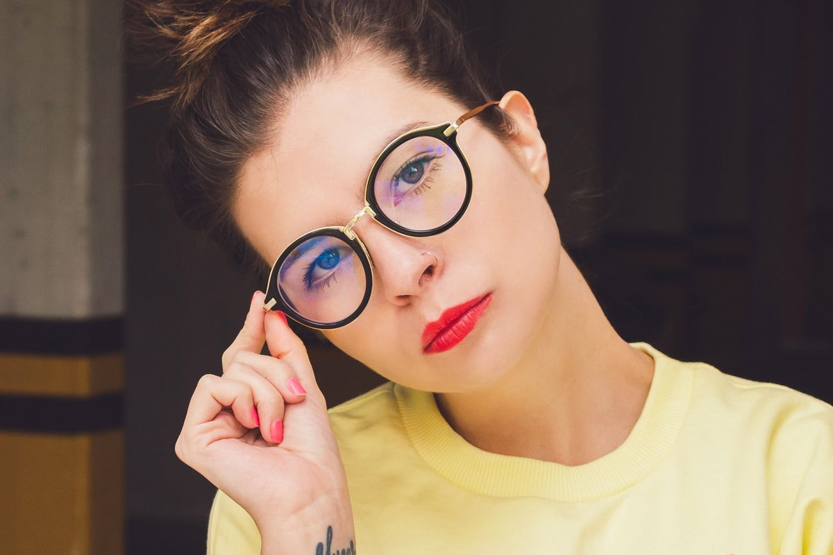 Glasses luis-cortes-martinez-592644-unsplash
