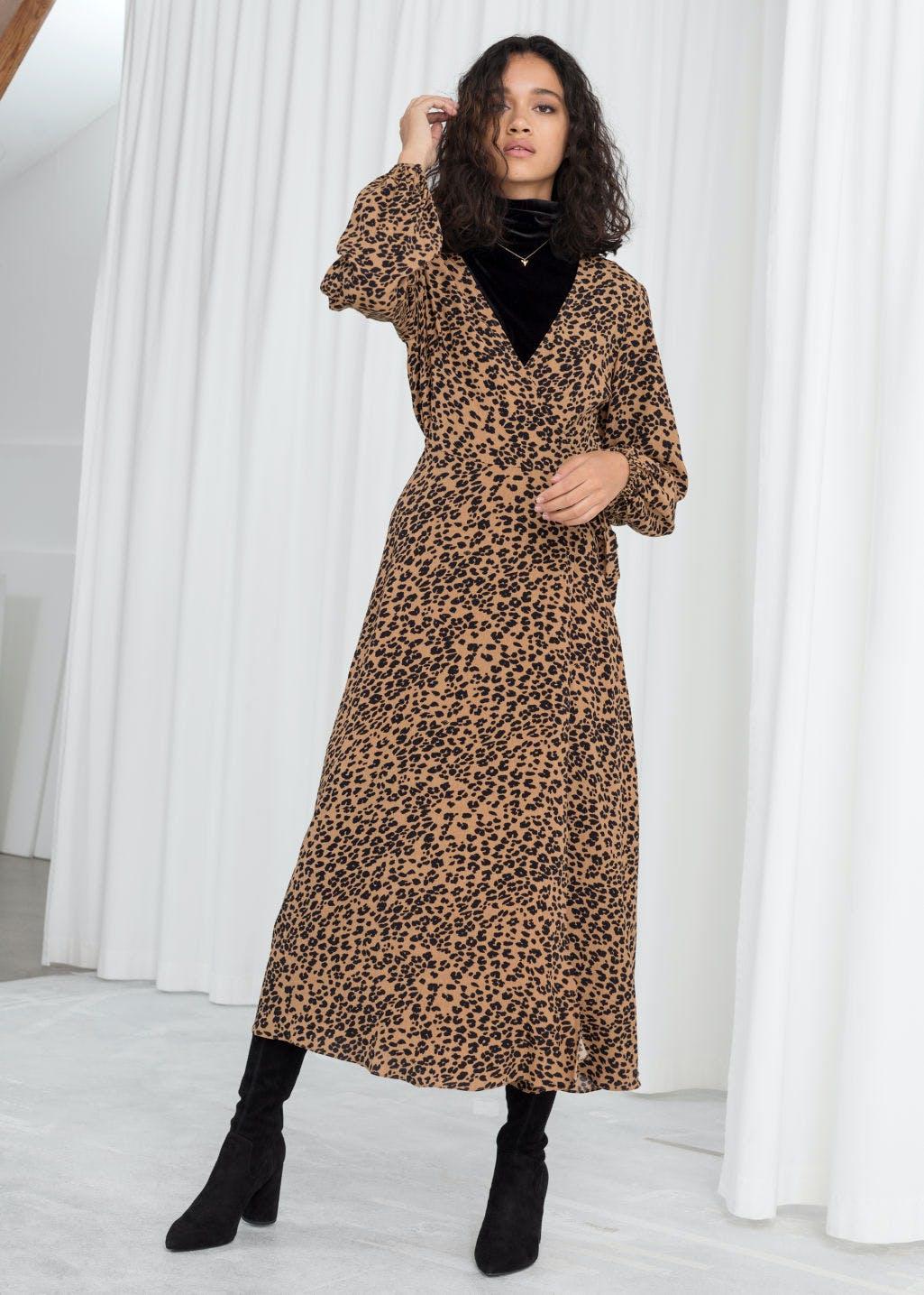 afa5b86febca9 Topshop Red Leopard Print Midi Dress – DACC