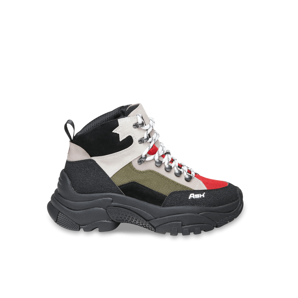 13 Stylish Hiking Boots To Buy Before The Snow Falls