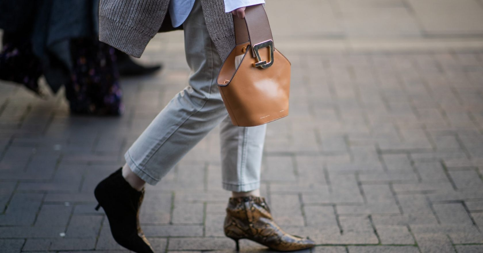 The straight leg jeans to wear now