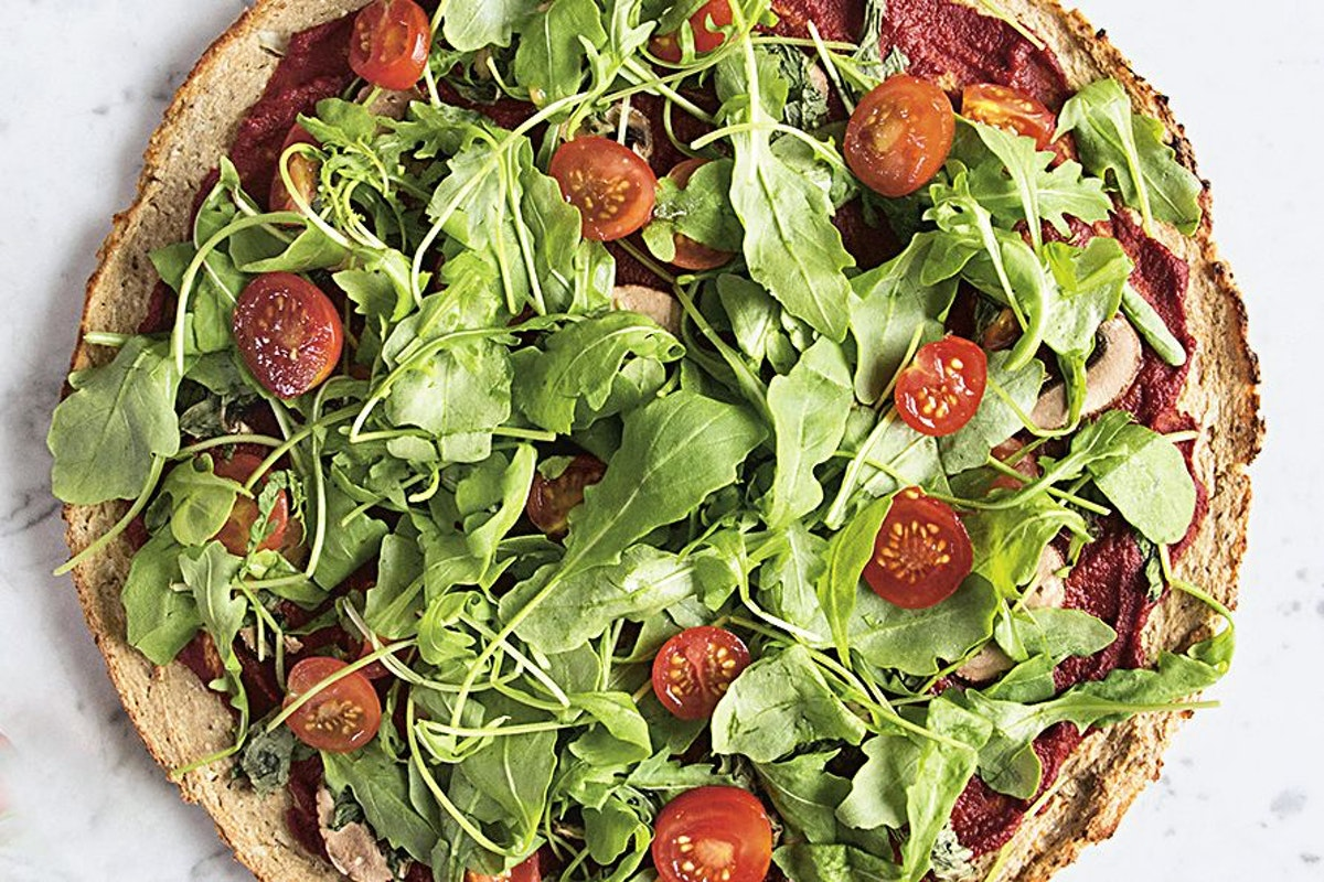Healthy weeknight dinner ideas: Cauliflower pizza recipe
