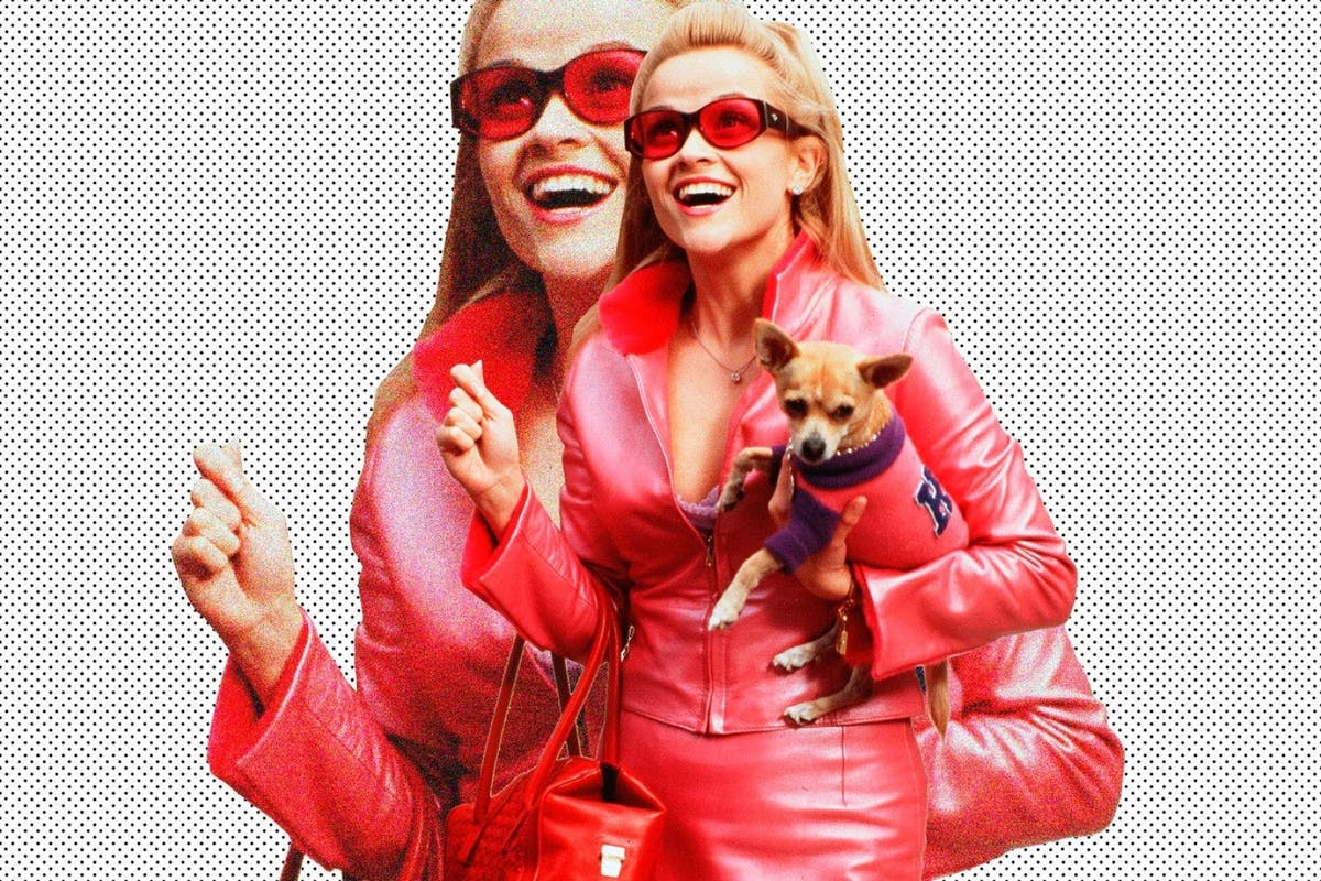 Reese Witherspoon proudly shares the Legally Blonde class of 2019